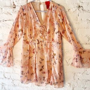 V Cristina Pink Peach Floral Bell Sleeve Top long